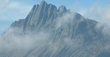 Tahukah Anda? Puncak Jaya adalah gunung tertinggi di Indonesia belindomag.nl