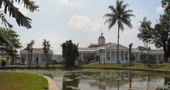 Tahukah Anda: Istana Bogor dulu bernama Buitenzorg?