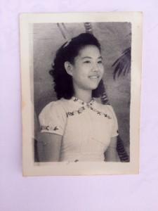 Foto Annie The yang tersimpan dalam buku harian mendiang ayahnya