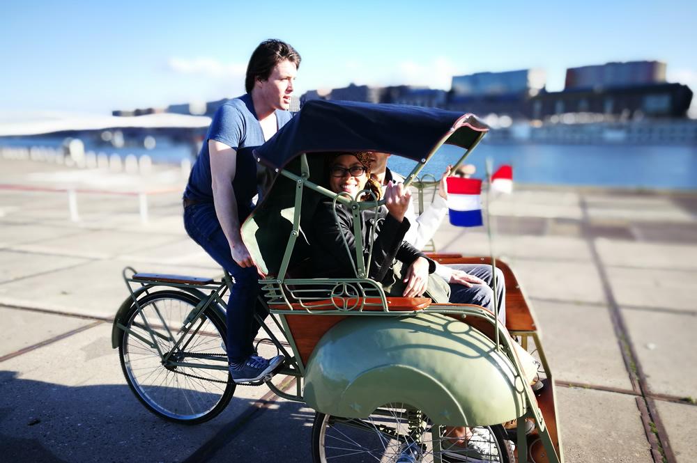 Naik Becak Keliling Kota Amsterdam Bisa Belindomag